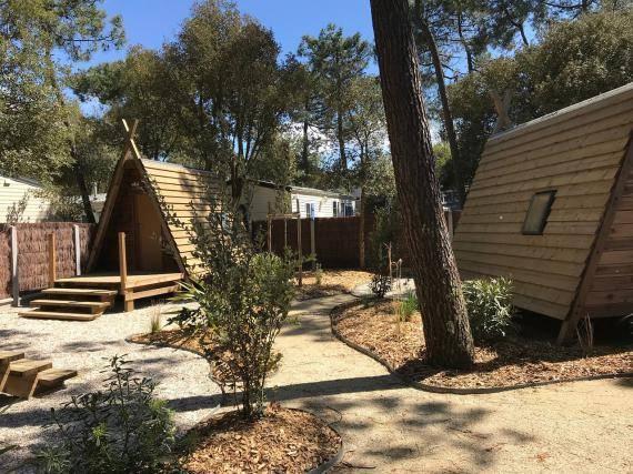 village tipi camping vendée